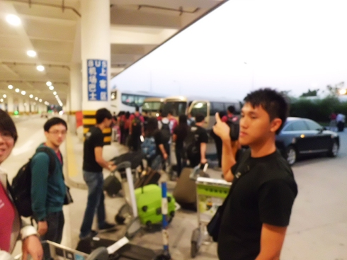 Preparing to board the bus at Hangzhou airport